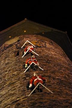 Maenner Am Turm T in Maenner am Turm